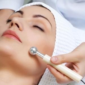 Galwanizacja metodą na piękniejszą skórę twarzy.