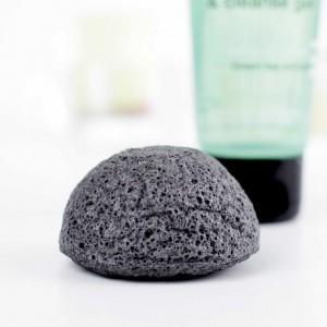 Jak pielęgnować twarz? Akcesoria do oczyszczania skóry.