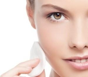 Oczyszczanie twarzy – metody.